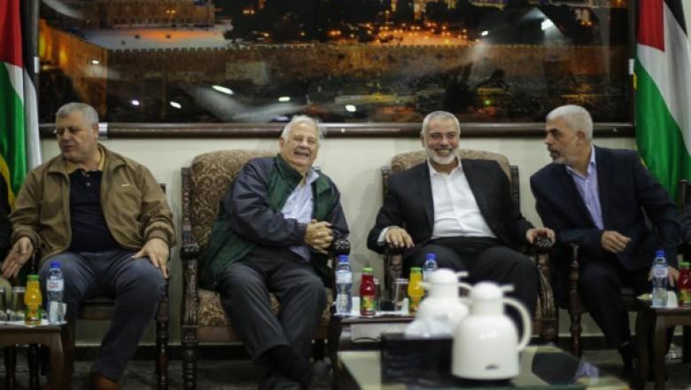 لجنة الانتخابات تكشف تفاصيل لقائها بقيادة حماس أمس