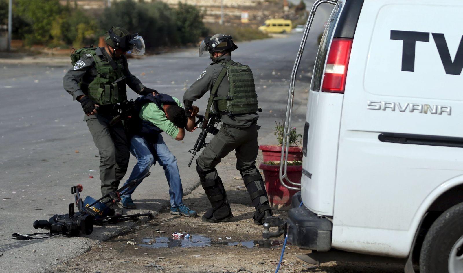 الإعلام: الاحتلال ارتكب 36 انتهاكًا ضد الصحفيين بنوفمبر