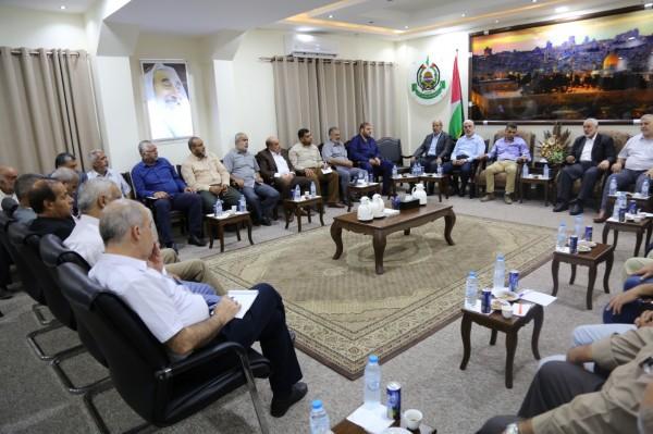 تأييد وطني لمبادرة هنية عقد لقاء عاجل للاطار القيادي بالقاهرة