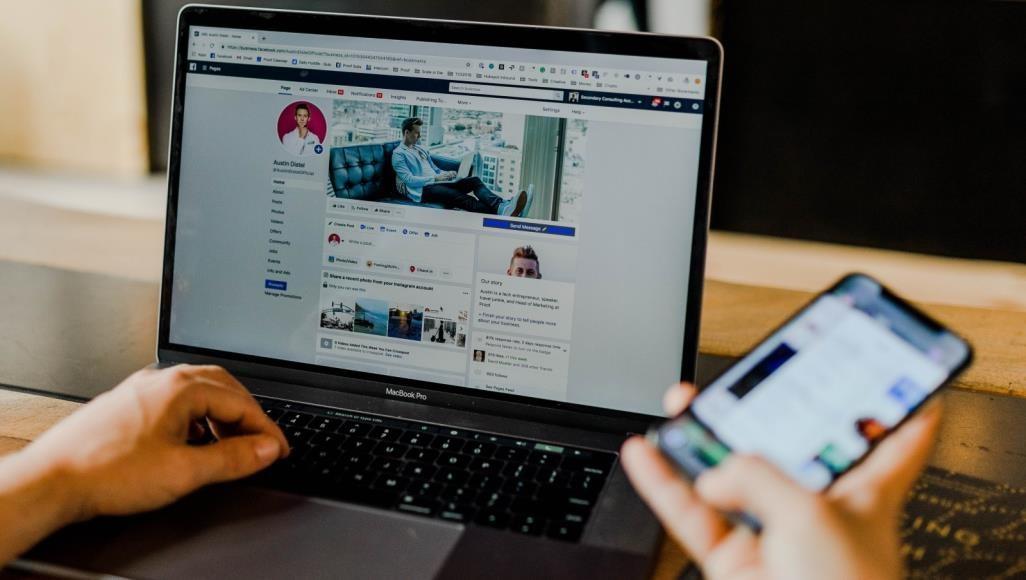 التجارة الإلكترونية بغزة.. نقص الخبرات يوقع المستهلك فريسة للاحتيال