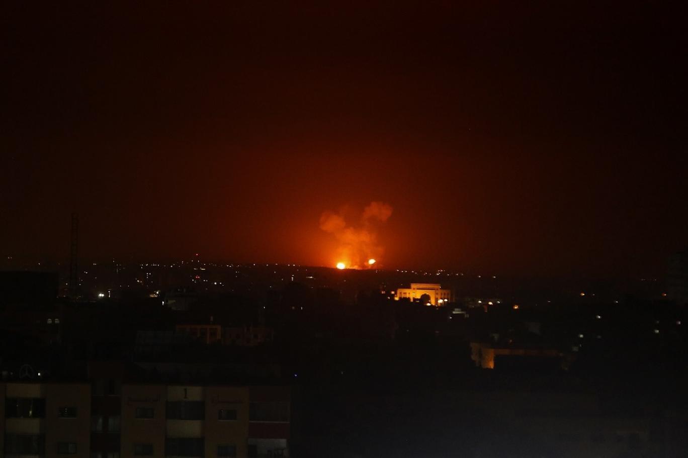 استمرار إغلاق المعابر قد يعيد التصعيد مع غزة