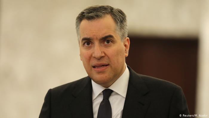 مصطفى أديب يعتذر عن تشكيل الحكومة اللبنانية