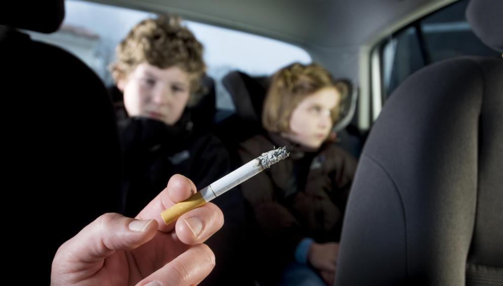 تدخين الوالدين